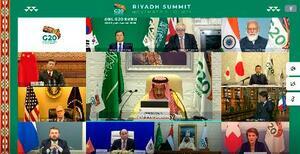 オンライン方式で開催されたG20サミットで、議長国サウジアラビアの閉会のあいさつを聞く各国の代表者=23日