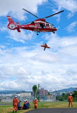 ヘリコプター 救助