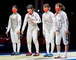 女子フルーレ団体1回戦で米国に敗れた(右から)東晟良、東莉央、上野優佳、辻すみれの日本チーム=幕張メッセ