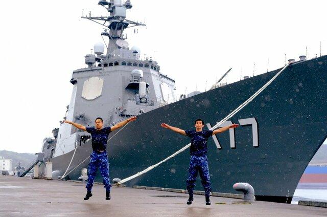 自衛隊 体操 海上
