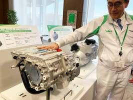 中国で量産を始める日本電産の電気自動車向けのトラクションモーターシステム(滋賀県愛荘町・日本電産滋賀技術開発センター)