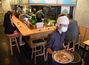 コロナ禍の影響でランチ営業に乗り出した居酒屋「宝堂」(京都市下京区)