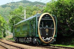 叡山電鉄の観光列車「ひえい」