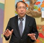 "<div class=""caption"">ふじもと・なおき 1952年、岡山県生まれ。京都大医学部卒。90年に滋賀県立成人病センターで全国初の「もの忘れ外来」を開設。現在は守山市でクリニックを経営し、認知症が疑われる人の診断から治療、県委託の「相談センター」窓口など、ワンストップで応じる認知症疾患医療センター(連携型)を併設している。</div>"