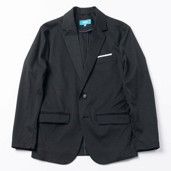 Bizテーラードジャケット 1万9800円(価格は税込み)