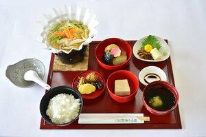 琵琶湖ホテル 延暦寺での精進料理