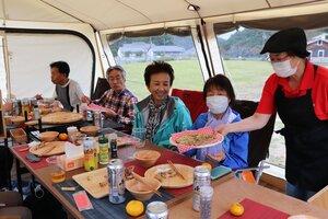 地元の食材を使った食事を屋外のテントで楽しむ日帰りグランピング(京丹波町高岡)
