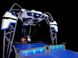 やる気を高めるAIの共同研究に使われるオムロンの卓球ロボット「フォルフェウス」(オムロン社提供)