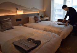 昨秋オープンした「京王プレリアホテル京都」。女性客や訪日外国人に特化したサービスを充実させている(京都市下京区)