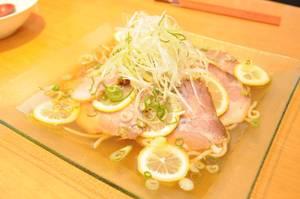 「中国料理 麒麟園」考案の冷やしレモンチャーシュー麺(向日市寺戸町)