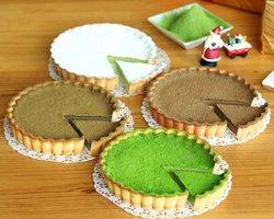抹茶やほうじ茶、煎茶、和紅茶を使った農業法人D-matcha(京都府和束町)のチーズケーキ