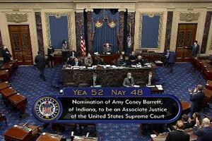 26日、バレット氏の最高裁判事人事が承認された米上院(上院テレビ提供、ロイター=共同)
